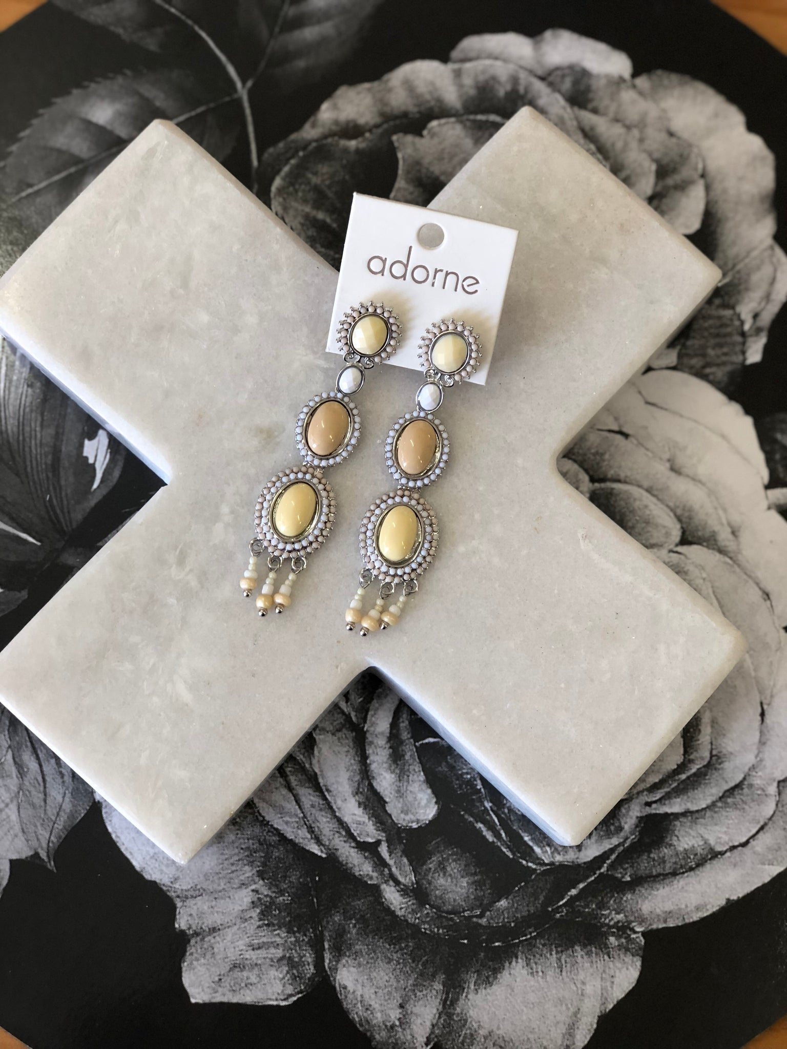 Linked Resin Ovals & Droplets Earrings