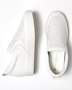 Betty Basics Liberty Shoe White
