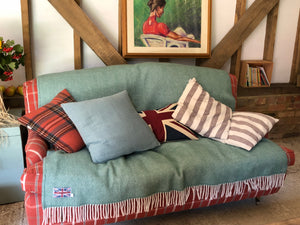 How to style with wool throw blankets