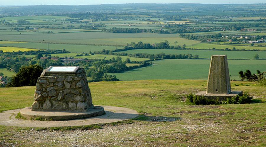 Summit of Ivinghoe Beacon