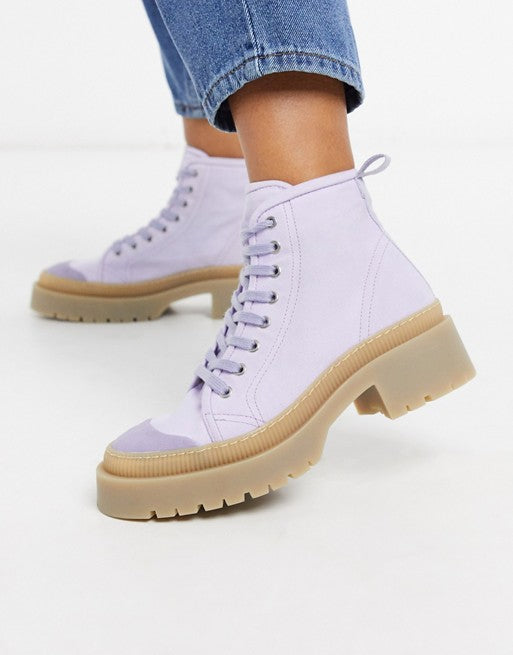 Vegan Canvas Boots in Lilac