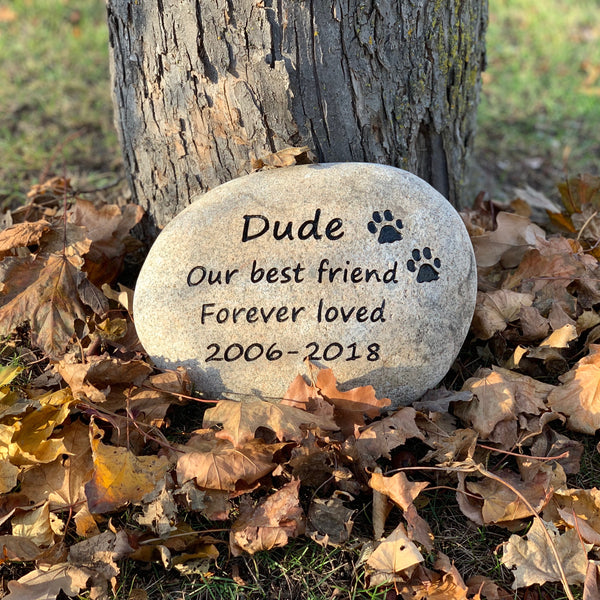 Pet Memorial Gifts | Pet Headstones Ontario and Canada