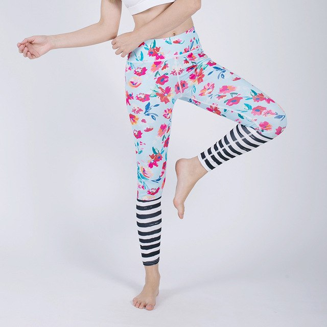Women Sexy Athleisure Leggings / Yoga pants: High Waits