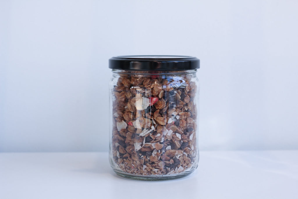 Granola - Cocoa Berry Bliss <BR> (Includes $1 Jar Deposit)