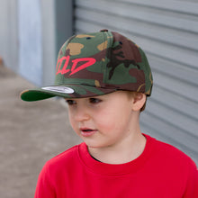 Load image into Gallery viewer, Camo Adult Snapback CURVE BRIM
