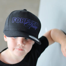 Load image into Gallery viewer, Black Youth Snapback CURVE BRIM