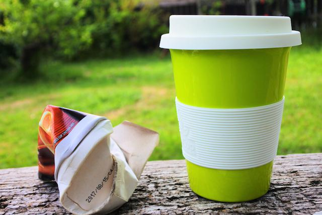 Disposable Coffee Cups vs Reusable Coffee Mugs