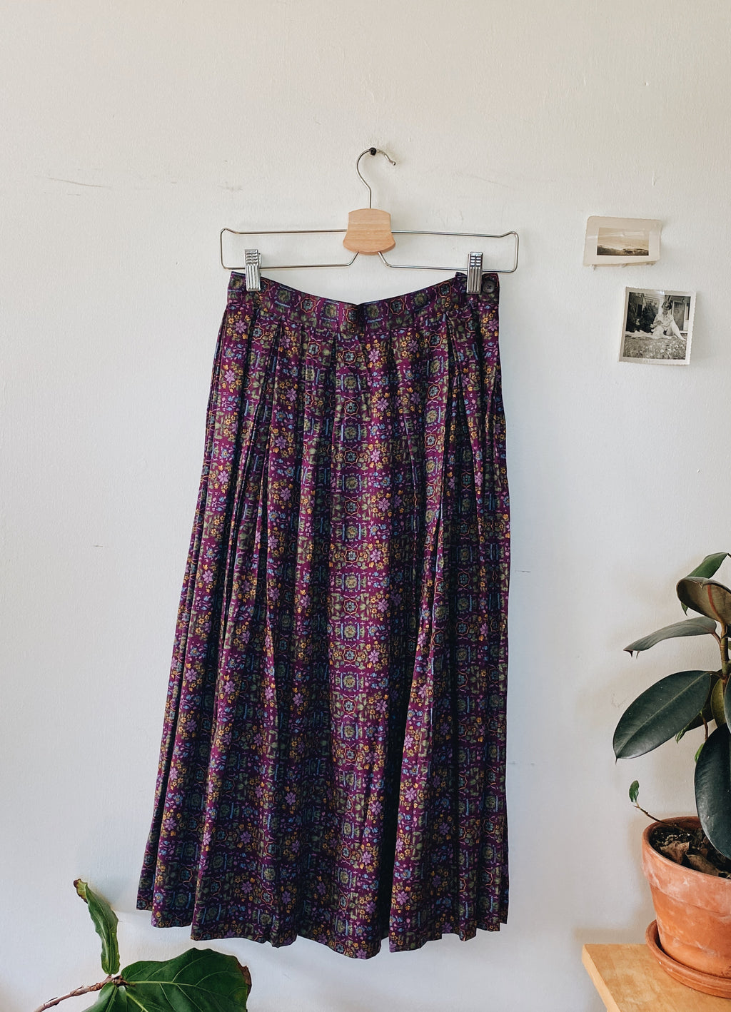Vintage Pleated Midi Skirt