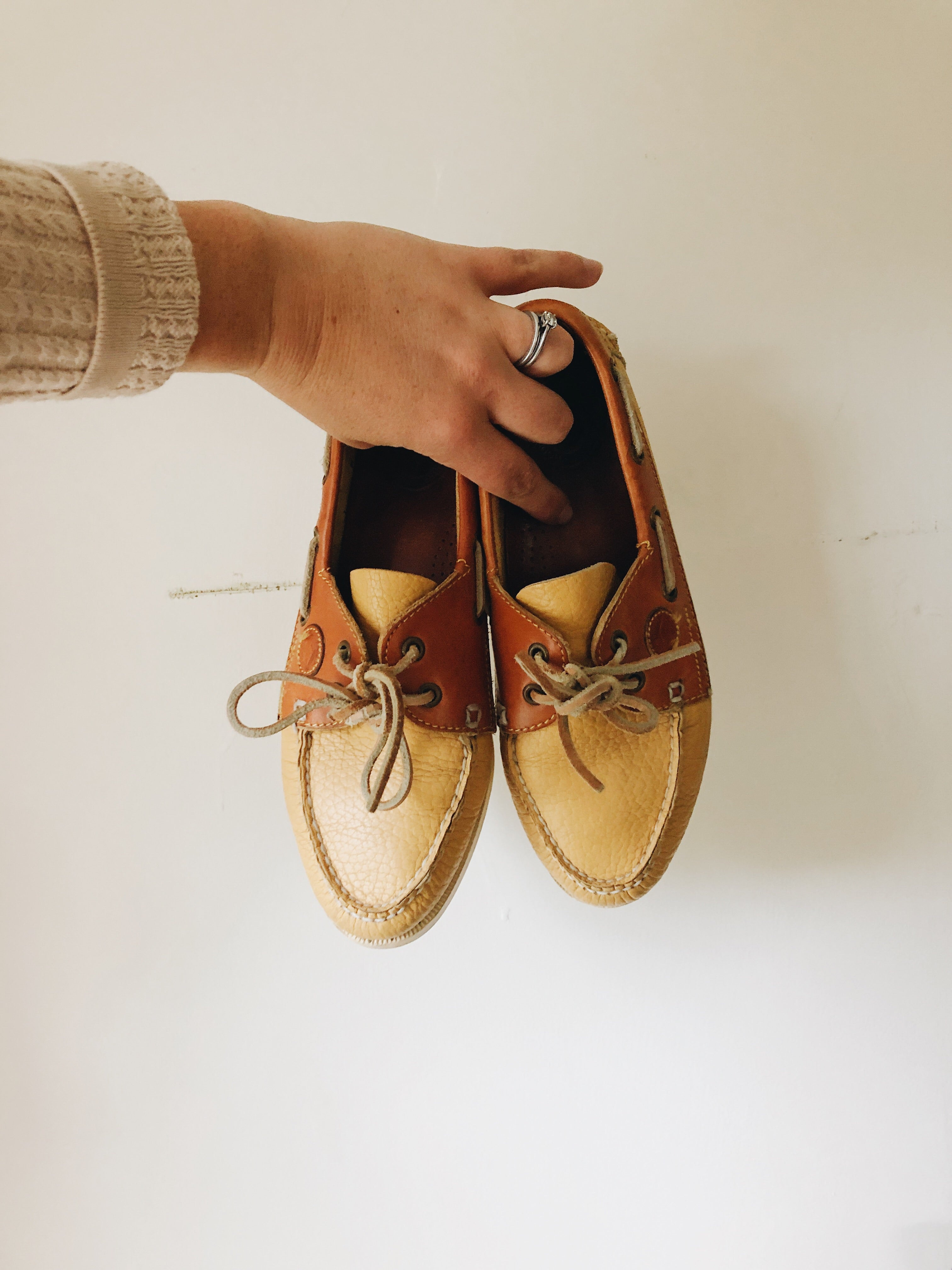 Vintage Dooney and Bourke Shoes- Size 8