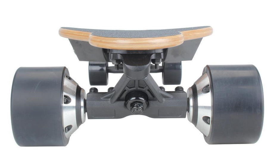 The difference of Belt Motor Electric Skateboard and Hub Motor Electric Skateboard