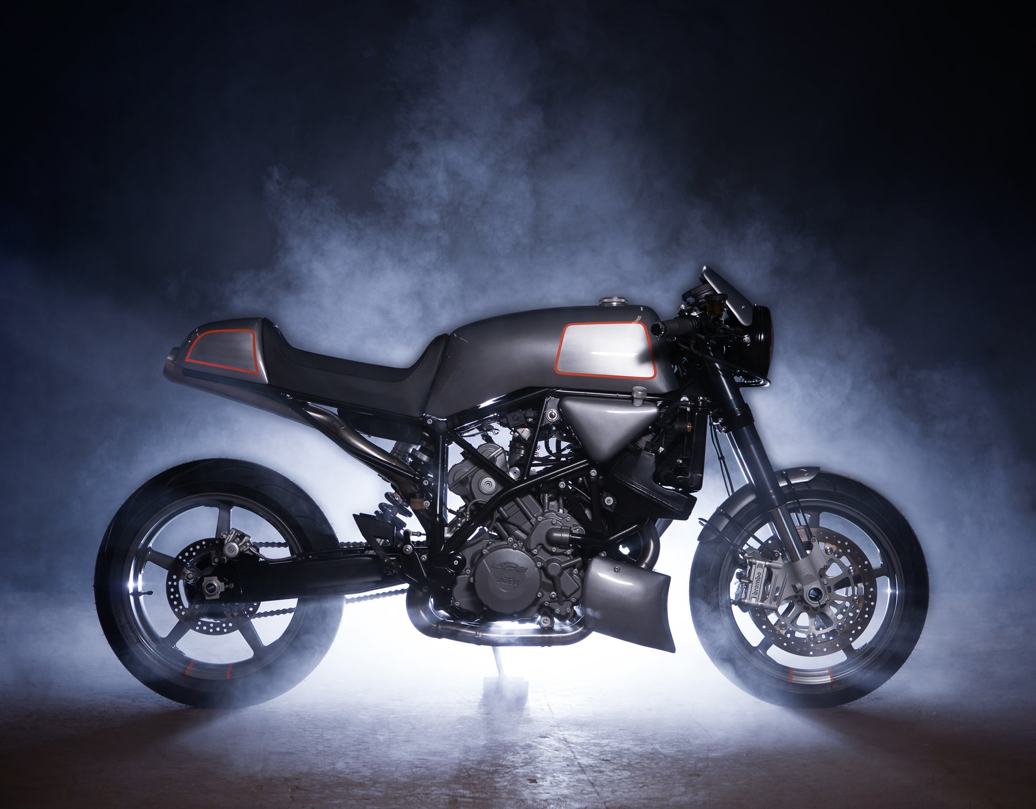 Analog Motorcycles KTM Superduke 990 with M7 Headlight