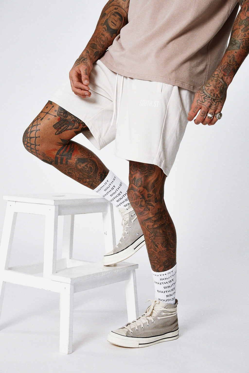 """LOUNGE"" SHORTS - Bone white"