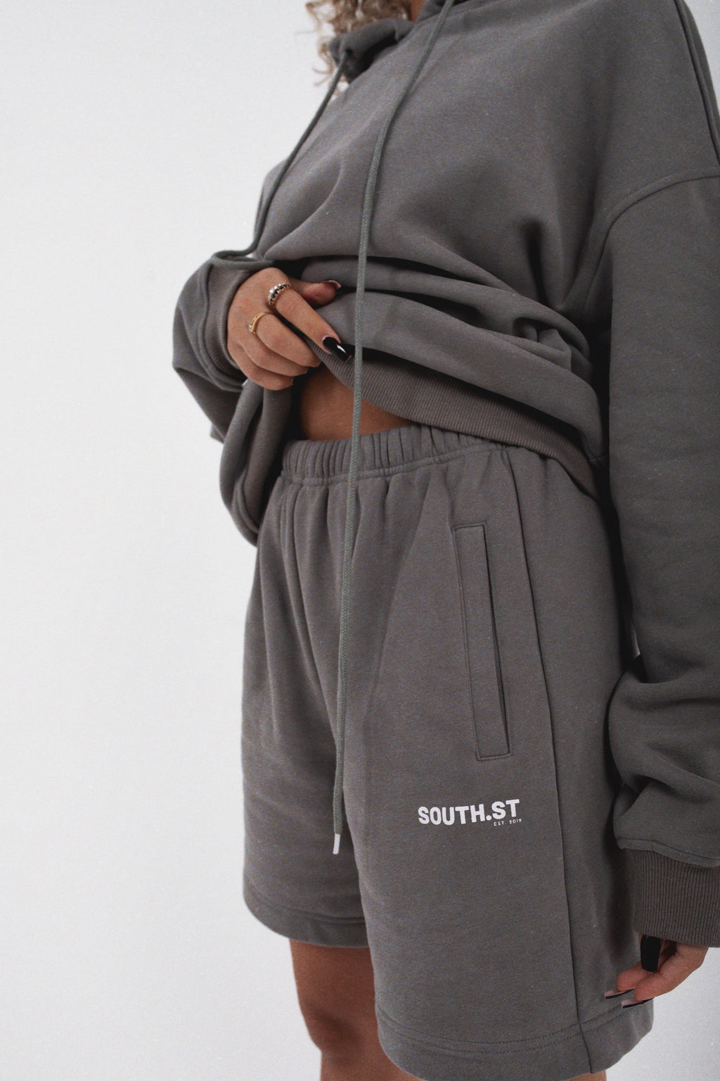 """ESTABLISHED"" SHORTS - Slate grey"