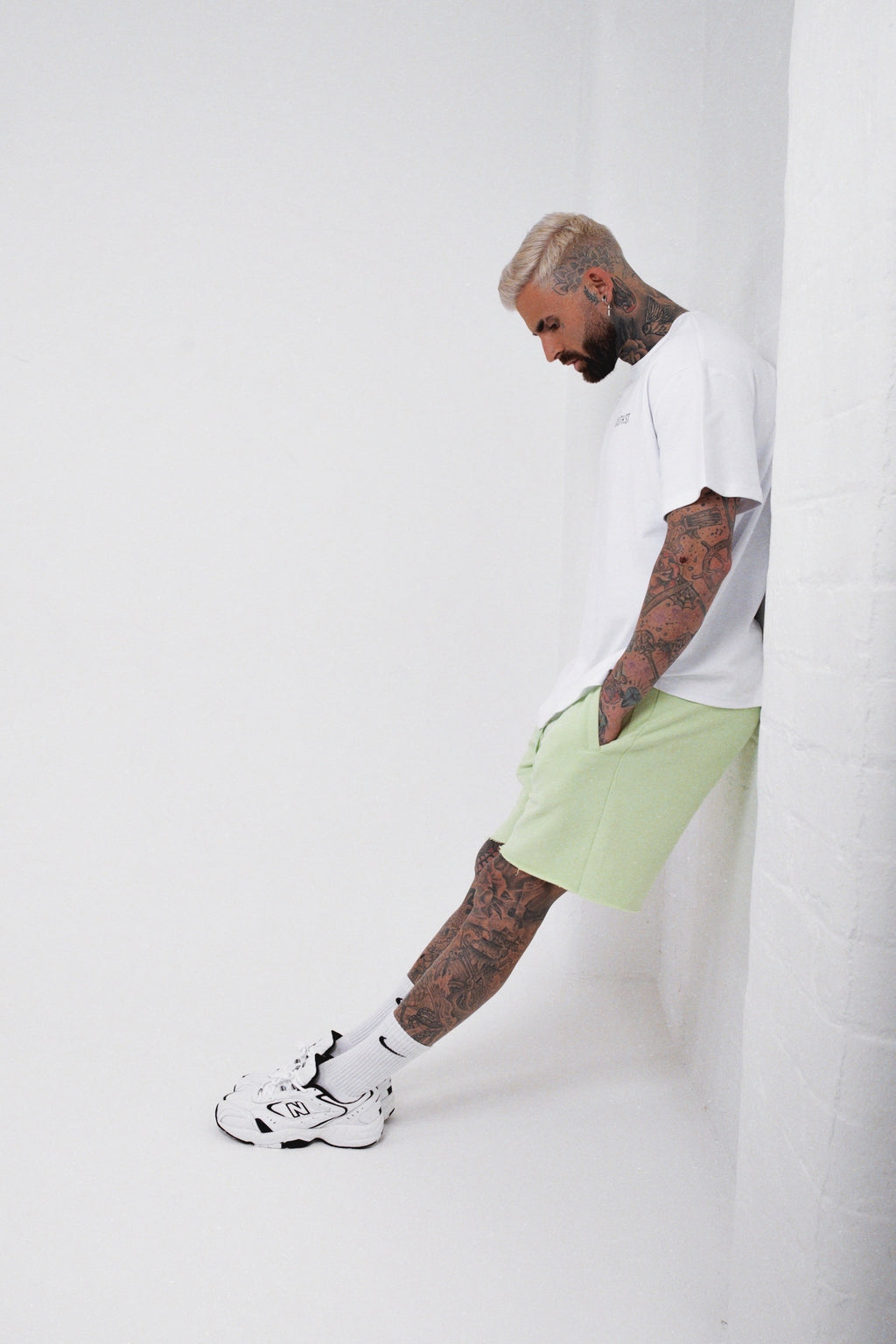 """LABEL"" SHORTS - Pastel green"