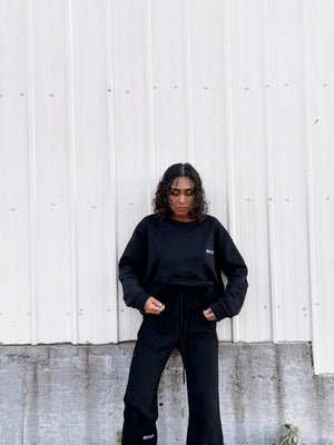 """SEASONS"" SWEATER - Black"