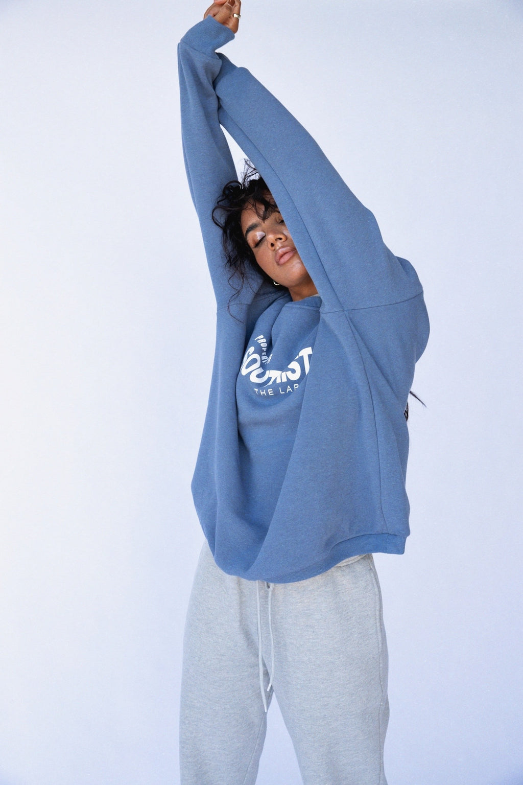 """PROPERTY"" SWEATER - Blue"