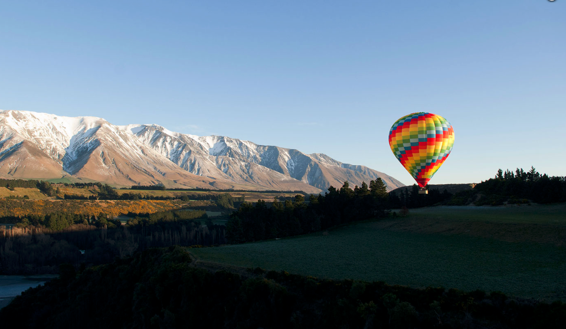 Best Of New Zealand - Hot Air ballooning Canterbury