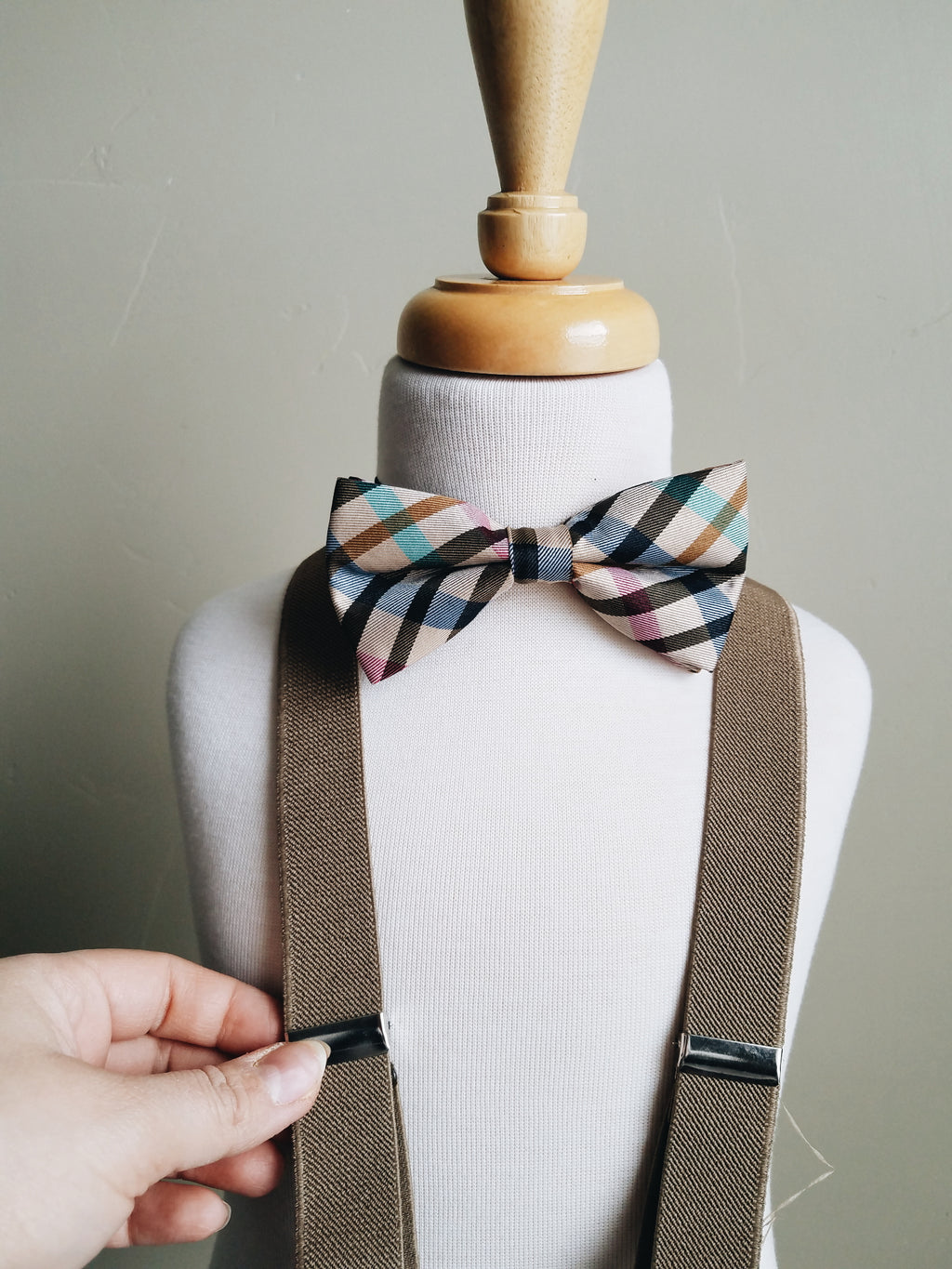 Brown Plaid bowtie + suspender set