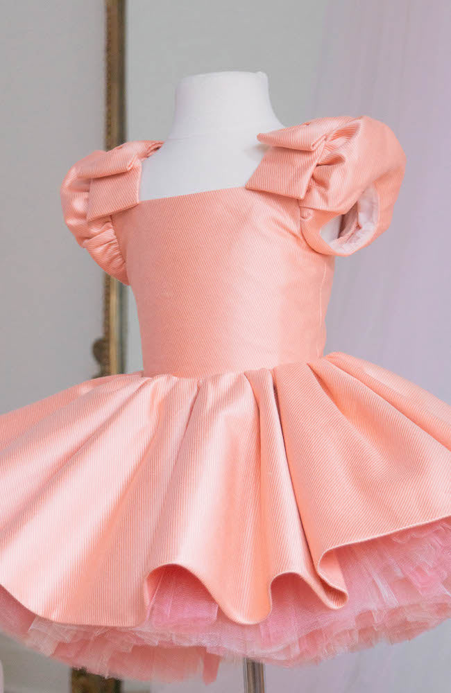 Doll in salmon pink - Flowers and Ruffles