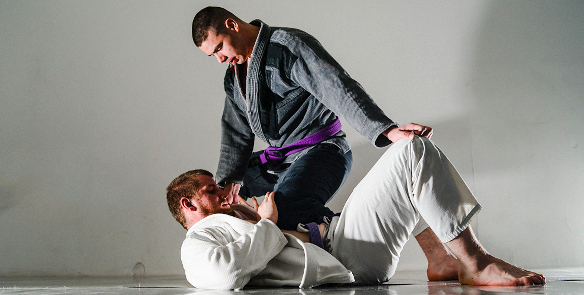 Knee Mount in BJJ: Getting, Retaining, and Escaping Knee Mounts