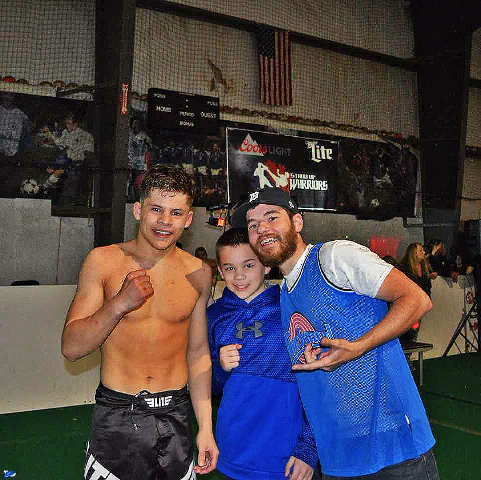 Elite-Sports-Team-Elite-MMA-Fighter-Austin-Daniel-Czenkus-image9