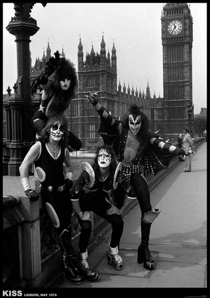 Kiss London 1976 Poster - TshirtNow.net
