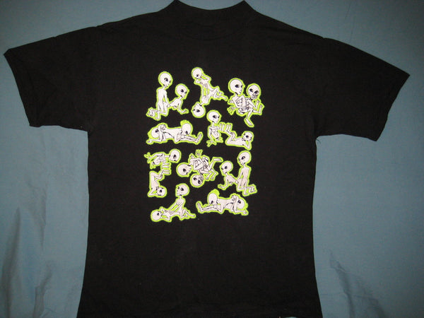 Alien Sex Positions [Glows in the Dark] Black Colored Tshirt Size XL - TshirtNow.net