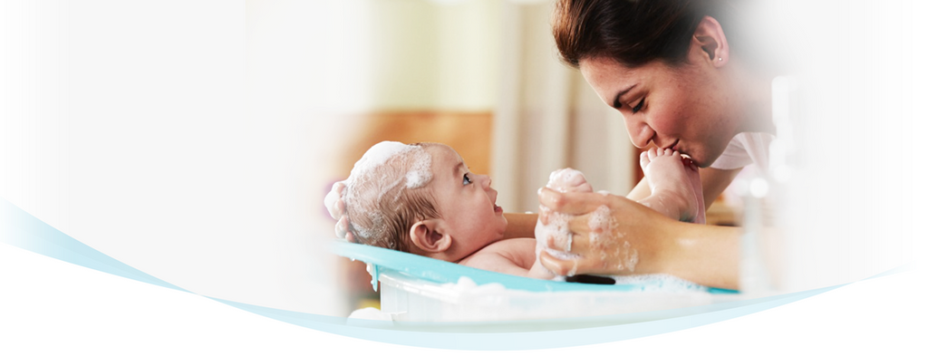 Make Your Bath Time Easy and Enjoyable with Baby Bathing