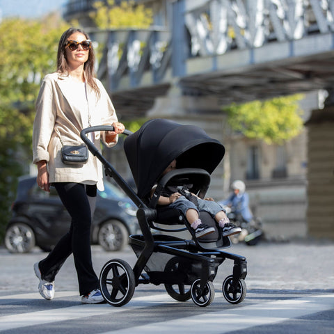 Joolz Hub+ Premium Baby Stroller, Chassis and Seat with Integrated LED Lights and Rain Cover