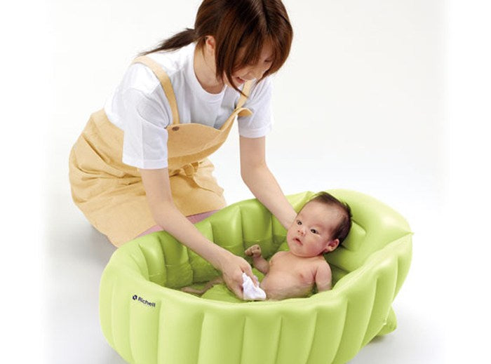 Person, Bathing your Baby Safely