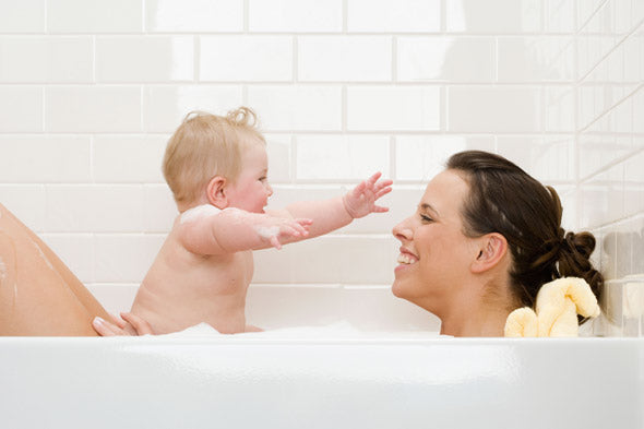 Tub, How to give your baby a bath