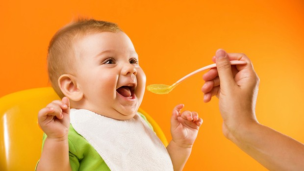 Cutlery, Solid Foods How to Get your Baby Started