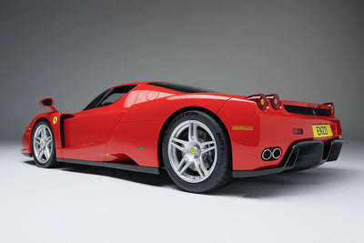 Ferrari Enzo (2002) - 1:8 Scale Model Car