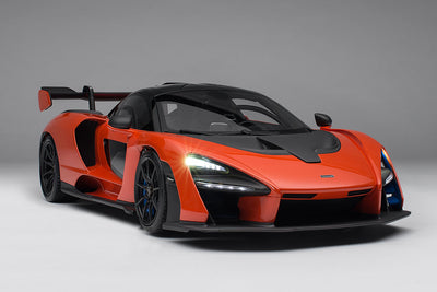 McLaren Senna with lighting and electric doors - 1:8 Scale Model Car