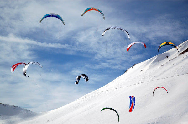Snowkiting by Riccardo Olliveri