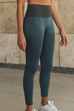 Load image into Gallery viewer, Talented Leggings (2 colourways)