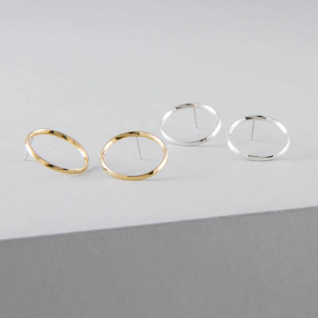 Flat Hoop earrings brass or silver by Camillette