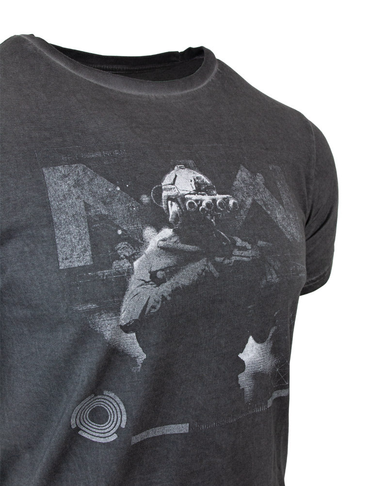 Official Call of Duty Modern Warfare Oil Wash Soldier T-Shirt