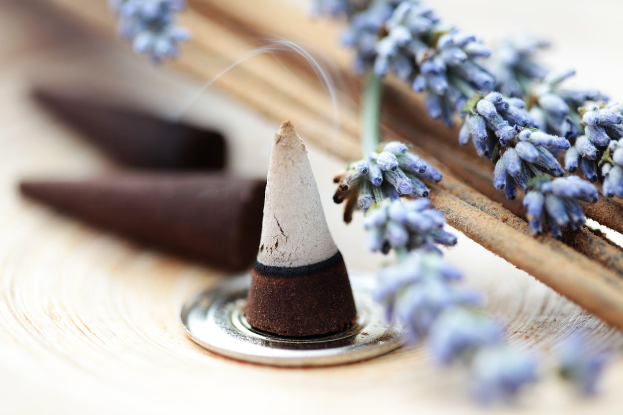 essential oils to boost confidence