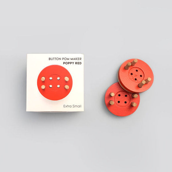 Button Pom Maker
