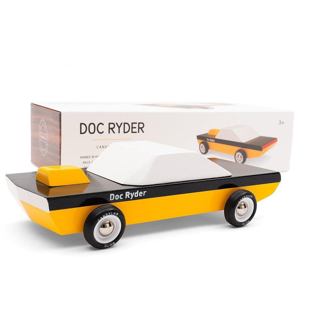 Coche - Doc Ryder