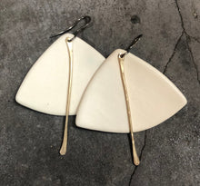Load image into Gallery viewer, handmade fan shaped ceramic lightweight hypoallergenic white and gold statement earrings
