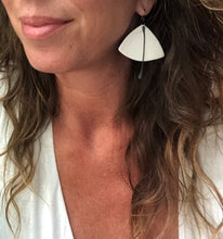 Load image into Gallery viewer, handcrafted ceramic lightweight statement fan earrings in white with black steel tassel