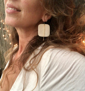 White Rounded Square Earrings w/Gold Metal Tassel