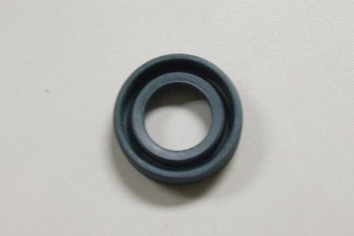 TRANSMISSION NOSE CONE SEAL - BEETLE 61-79 / GHIA 61-74 / TYPE 3 61-74 / BUS 60-71 / THING 73-74