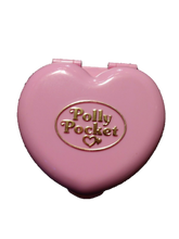 Load image into Gallery viewer, Vintage 1989 Polly Pocket Bluebird Country Cottage