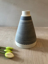 Load image into Gallery viewer, Tall Grey pyramid vase with chattering decoration