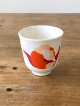 Small cup flower print  - Red mix