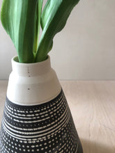 Load image into Gallery viewer, Tall Black pyramid vase with chattering decoration - sample