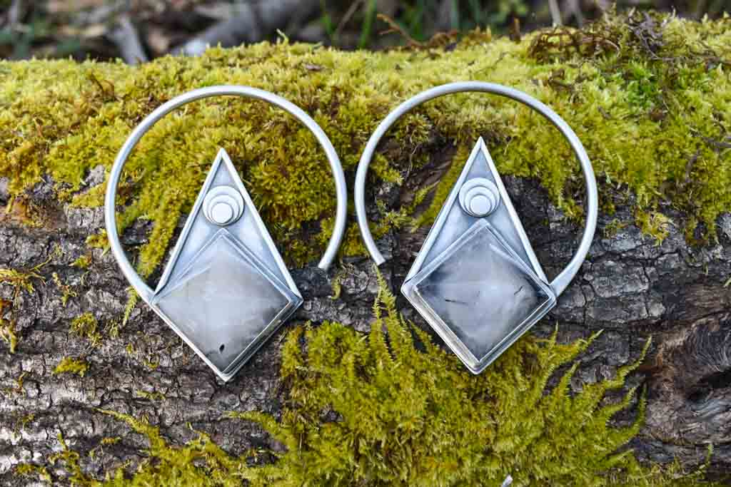 10% OFF!!   Quartz Pyramid hoops